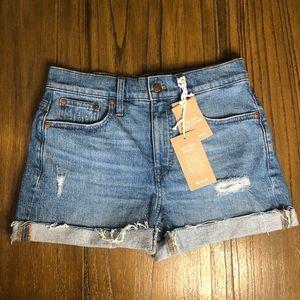 Madewell High Rise distressed cuffed hem shorts